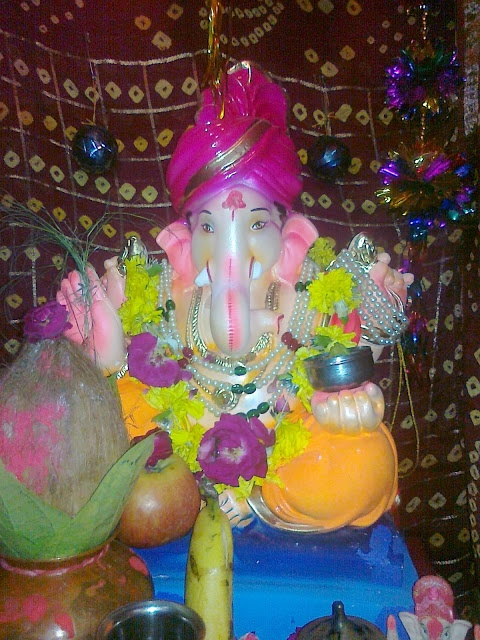 Lord Ganpati: Ganesh Chaturthi Ganpati Images | Ganesh Names, Ganesh Mantra, Ganesh Wallpapers, Ganesh Images, Ganesh Photos, Ganesh Bhajans, Ganesh Temples, Ganesh Aarti