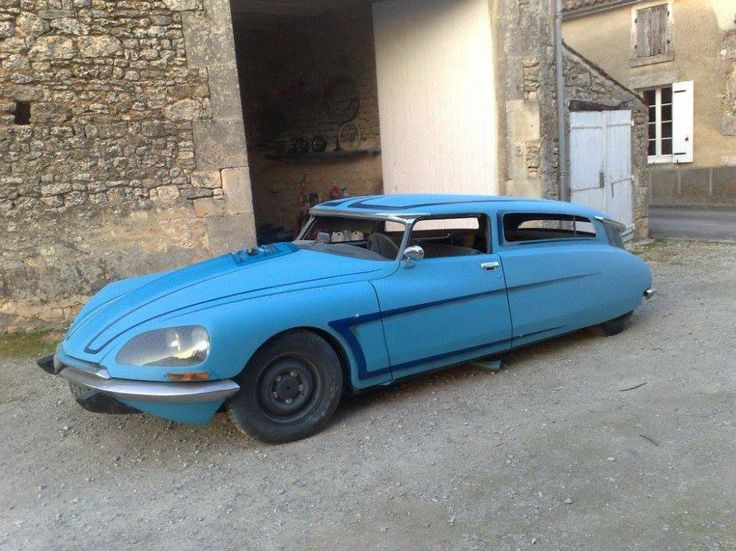 What do you think of this modified #Citroen DS?