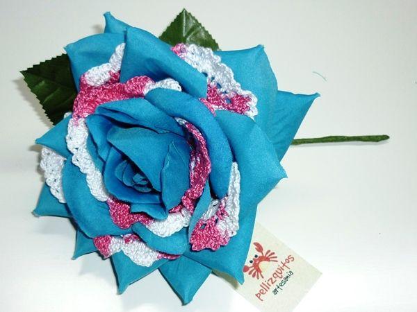 Flores de flamenca artesanales by Pellizquitos. http://www.pellizquitos.com/blog/2014/02/17/mis-flores-flamencas/