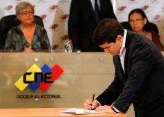 En un proceso electoral atípico, Venezuela ahora pospone las elecciones