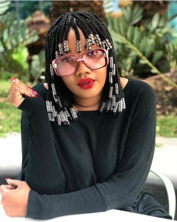 13 Natural Hairstyles For The Holidays Hiswordmybeauty Hair Beads Short Box Braids Hairstyles Braids Wig
