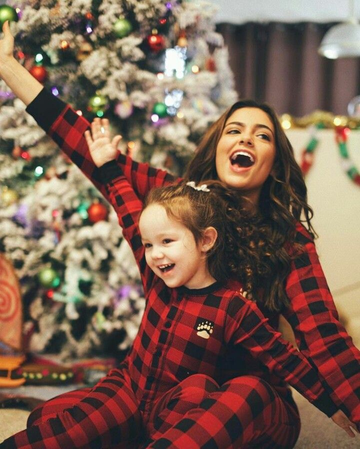 ♡ Merry Christmas ♡ ♡ Bethany and her niece ♡