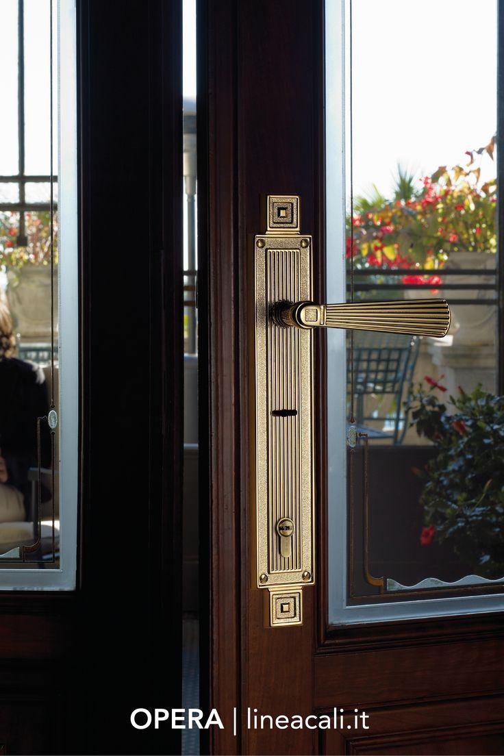 Opera | The severe forms of Neoclassicism instil a meticulous style in this collection, characterised by horizontal and vertical lines that highlight the grandeur of the design - - - Le forme severe del Neoclassicismo infondono uno stile rigoroso a questa collezione, caratterizzata da linee orizzontali e verticali che sottolineano l'imponenza del design. #handles #doorhandle #doorhandles #lineacali #maniglie #vintage #brass #klamki #ручки #manillas #klinken #neoclassicism
