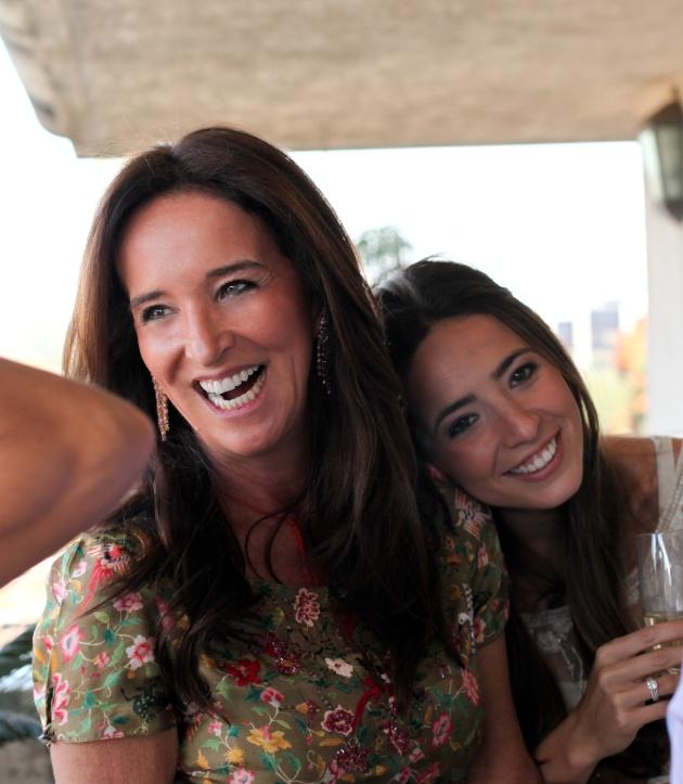 Hoje é a Teca Toscano que conta no blog quantas mães tem! Vem ver!