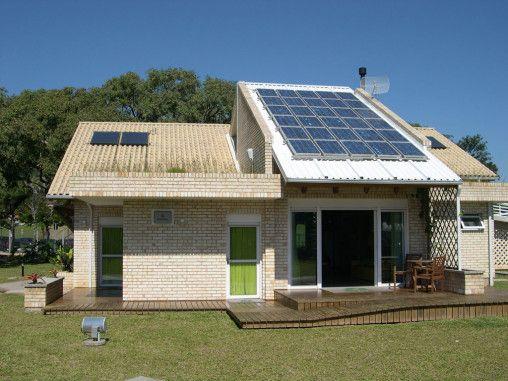 """""""A Casa Eficiente foi projetada para se tornar uma vitrine de tecnologias de ponta de eficiência energética e conforto ambiental para edificações residenciais"""""""