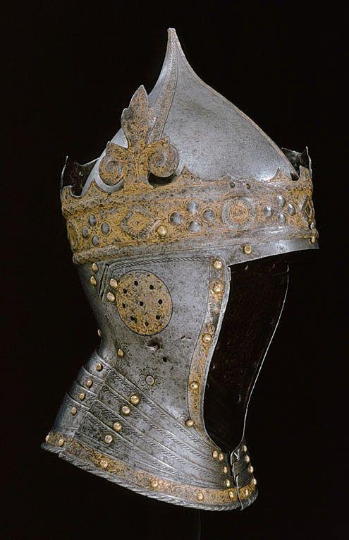 Crowned helmet, probably made by Kunz Lochner in Nuremberg circa 1540