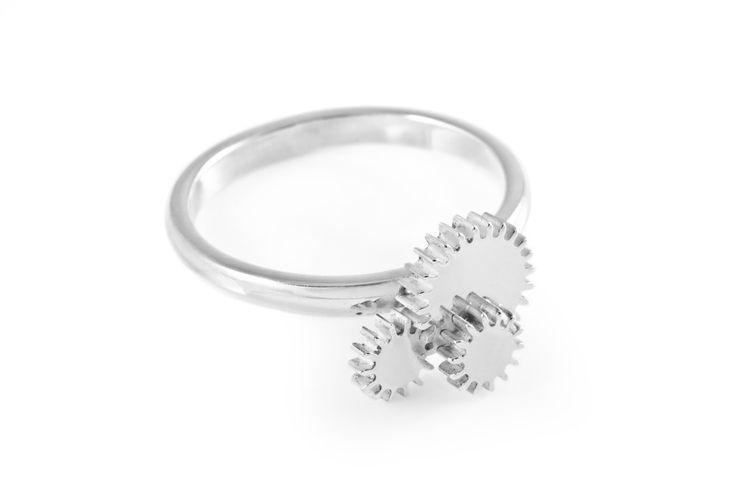 Triple Winding Wheel Silver Ring