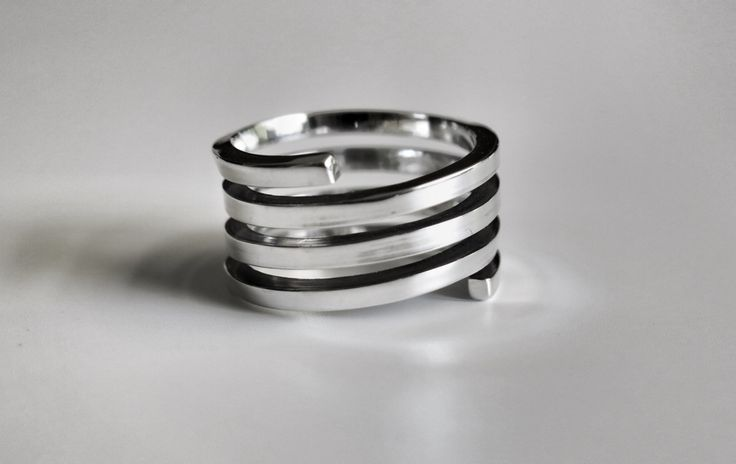 Due anime | made by hand silver ring  http://www.mimietoile.it/shop/due-anime/