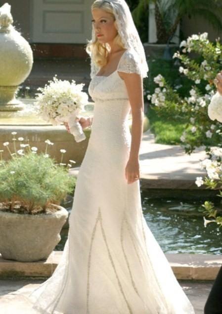 Свадебные женские наряды: яркая индивидуальность