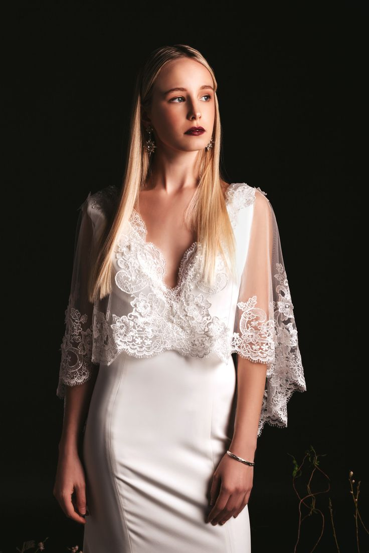 Julie by Lis Simon, Avenue 81 Photography #bridal #weddinggown #weddingdress