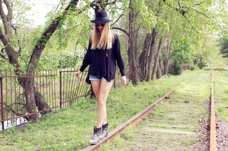 casual day look styleabaad.com