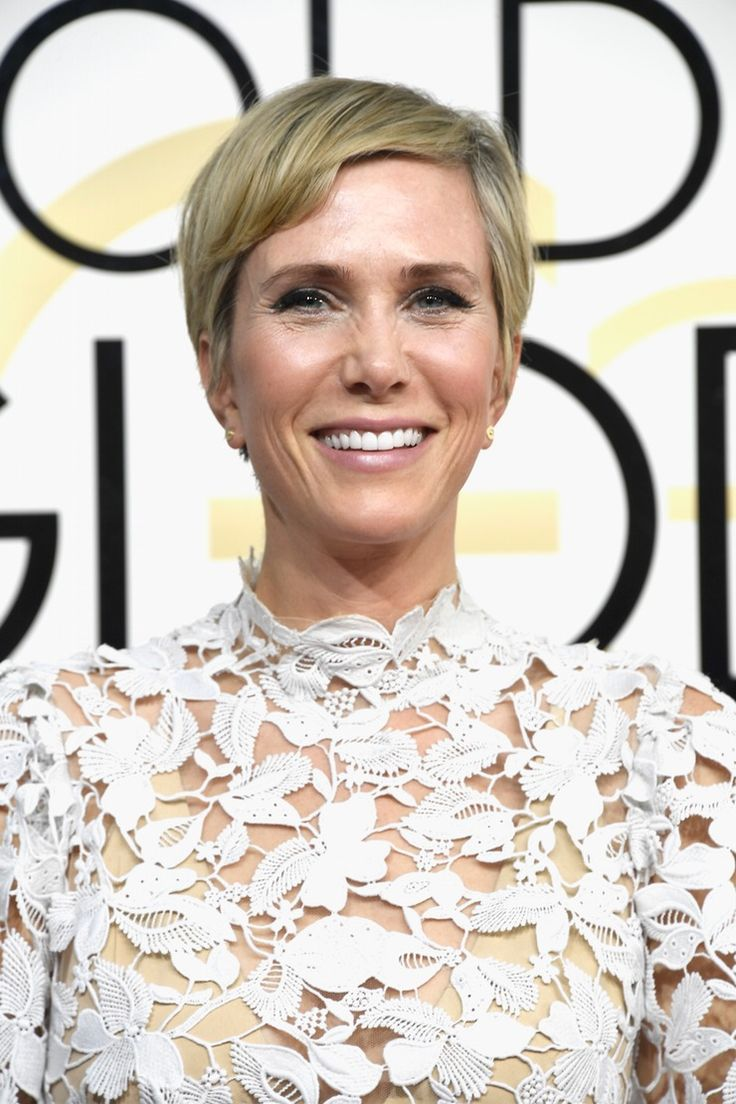 Kristen Wiig's New Pixie Cut At The 2017 Golden Globes Is The Most Surprising Hair Look Of The Night — PHOTOS