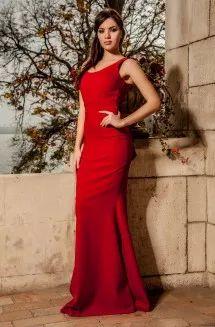Rochie lunga perfecta pentru serile in care vrei sa radiezi. Este ideala pentru evenimentele unde trebuie sa participi si sa arati impecabil.