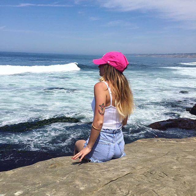 """Sono stata felice ovunque ho potuto vedere l'oceano."" 💙🇺🇸 #calimemories #lajolla #pacificocean #USA #california #immensoamore #lajollalocals #sandiegoconnection #sdlocals - posted by Marika Bello  https://www.instagram.com/marika95b. See more post on La Jolla at http://LaJollaLocals.com"