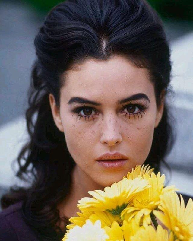 Young Monica Bellucci | #MonicaBellucci#retro#beauty