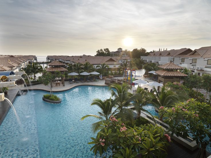 Grand Lexis - Port Dickson. Grand Lexis Port Dickson is a resort styled sanctuary offering unparalled superior surroundings with private individuals pools amindst landscaped gardens in every room. It boasts exclusivity and mystical charms within its ecological surroundings.