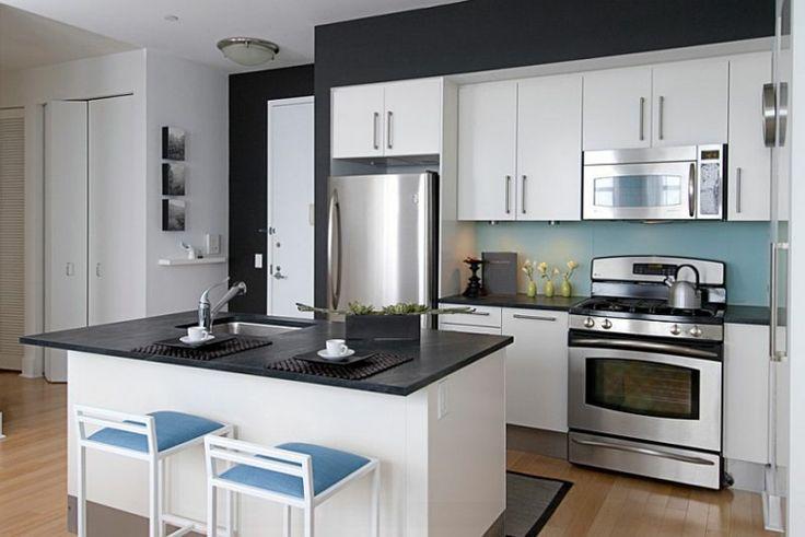 diseño cocina blanca y negra