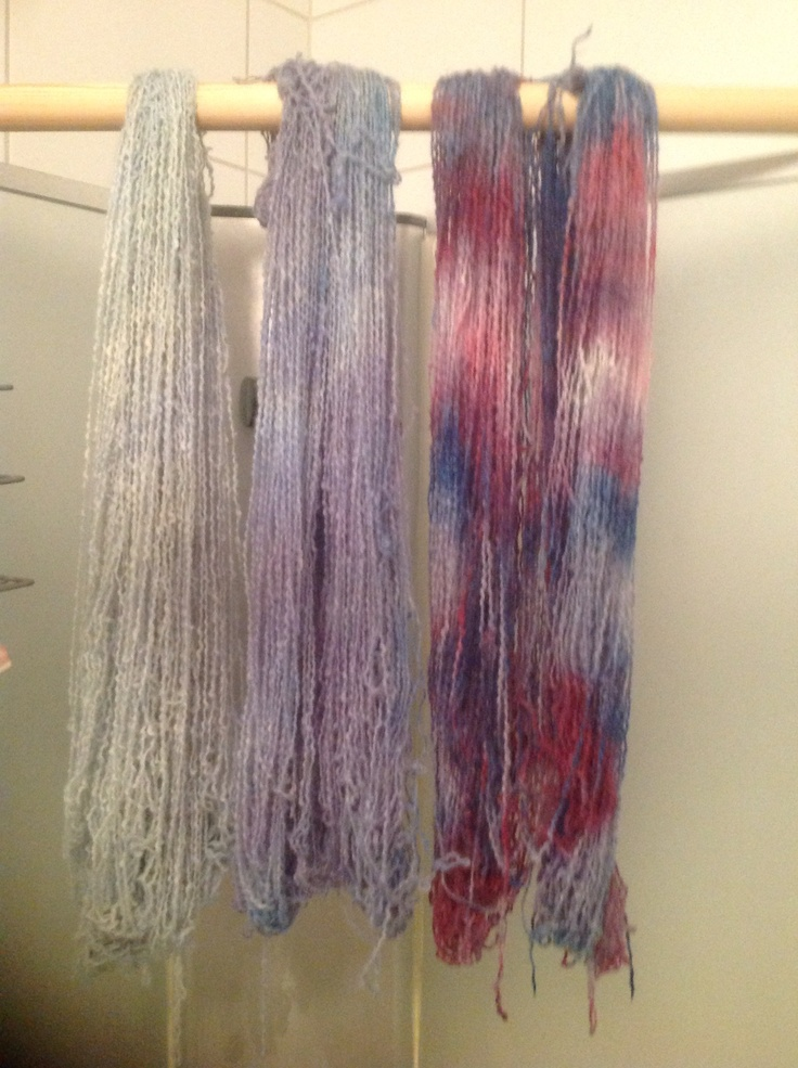 Woolyarn dyed by me in the  microwave