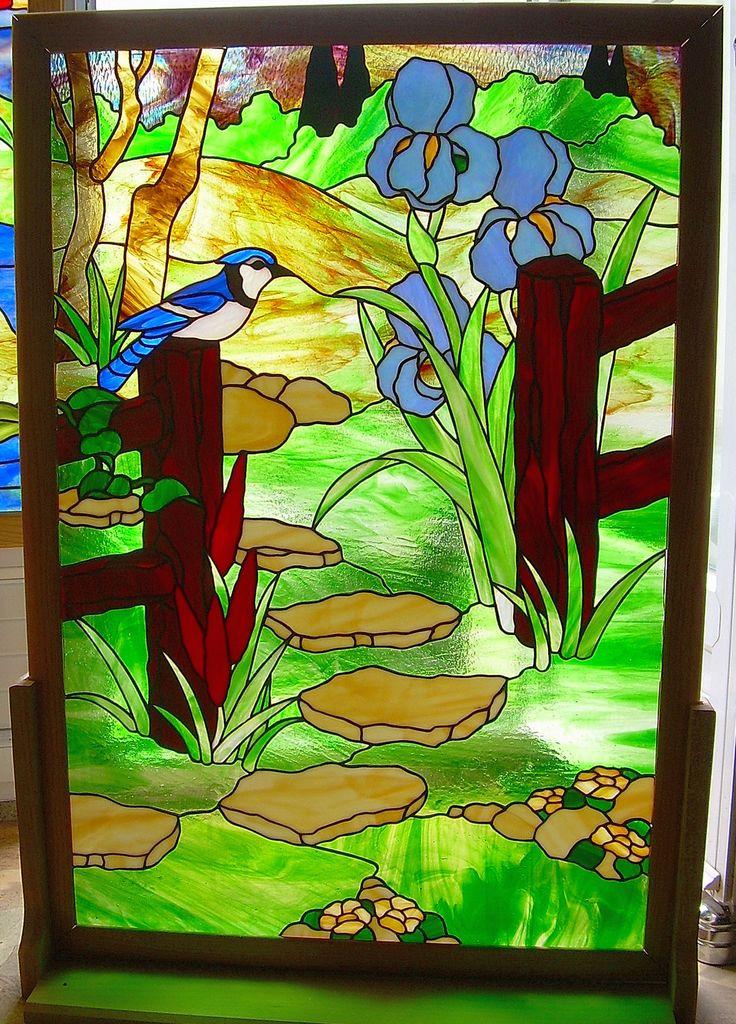 Au fond du jardin panneau de porte en vitrail tiffany for Decoration fenetre vitrail