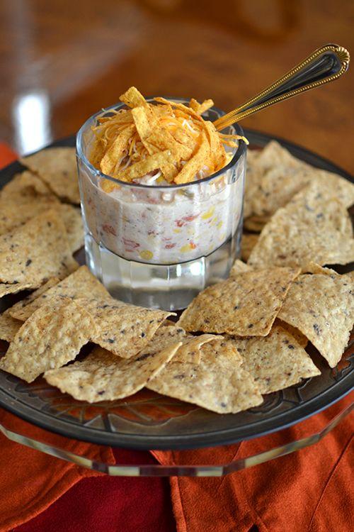 Crock Pot Cream Cheese Chicken Chili - www.darcydiva.com
