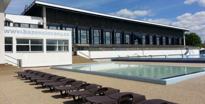 Peníze z přebytku rozpočtu půjdou na modernizaci bazénu i tropický pavilon