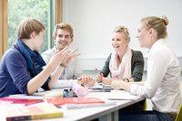 Information Systems, M.Sc.  Universität zu Köln Mit dem Abschluss Ihres Bachelorstudiums haben Sie bereits fundierte Kenntnisse und fachliche Kompetenzen erworben, die Ihnen gute Einstiegsmöglichkeiten auf dem Arbeitsmarkt bieten. Mit dem M.Sc. Information Systems an der WiSo-Fakultät der Universität zu Köln erweitern Sie Ihre Qualifikationen und werden zum Experten oder zur Expertin in Ihrem Bereich.
