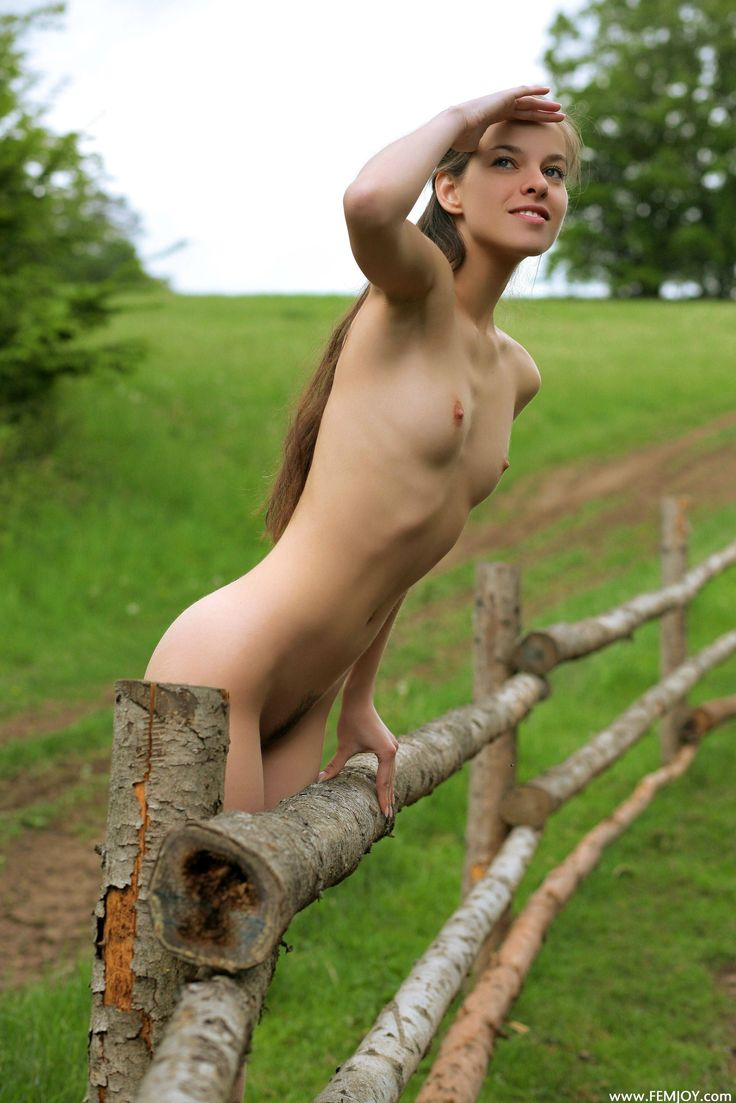 Naked girls images of ireland