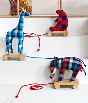 DIY pull toys and other great crafts in the link.