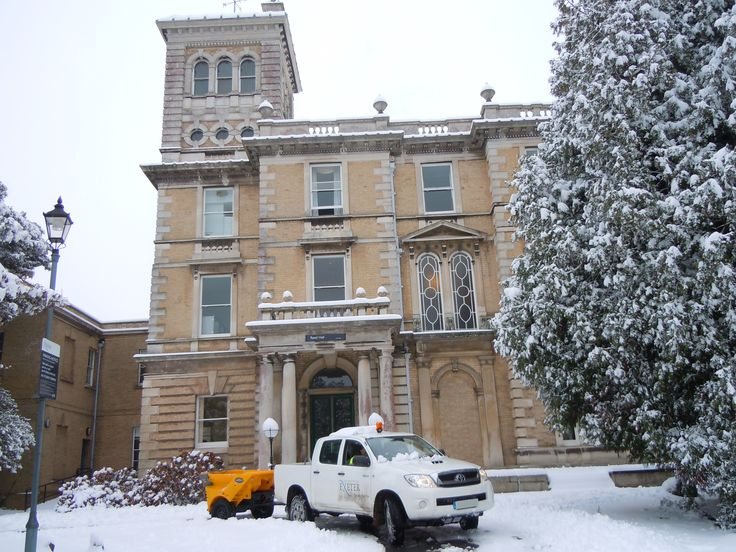 Reed Hall Gritting