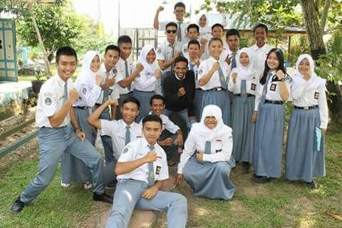 SMASATASE Kelas 12 IPS 2