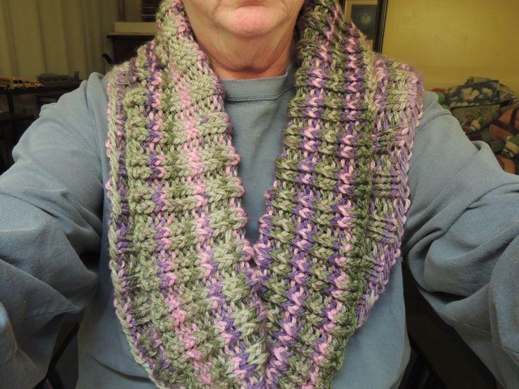 ... http://www.ladybythebay.com/2014/11/cozy-ribbed-scarf-pattern.html