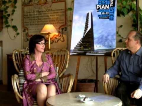 La stilista MARINA PANAIT intervistata a Casa MENOTTI in merito alla sua collezione di abiti ispirata al Pianoforte