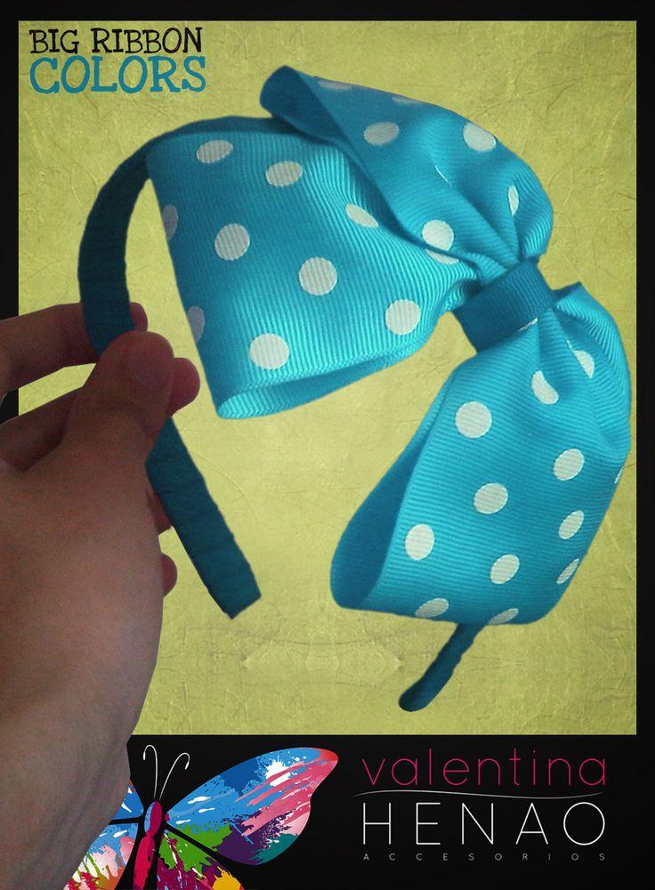 Diadema con moño grande cinta pepas Aguamarina