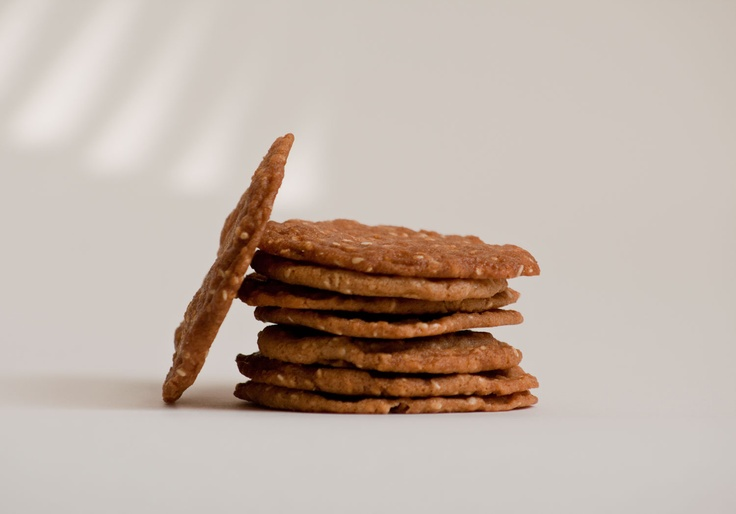Gluten-free sesame butter cookies. http://www.steannes.com/bakery.html