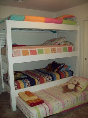 triple bunk beds for sale used woodworking projects plans. Black Bedroom Furniture Sets. Home Design Ideas