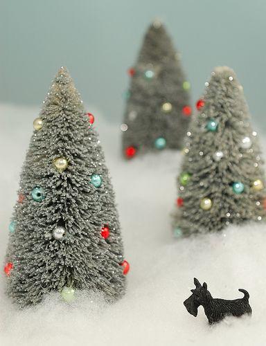 DYI- bottle brush Christmas trees.... I will be making these this year!: Christmas Cards, Diy Holidays, Brushes Christmas, Bottle Brush Trees, Holidays Crafts, Bottle Brushes Trees, Sandwiches Recipes, Holiday Crafts, Christmas Trees