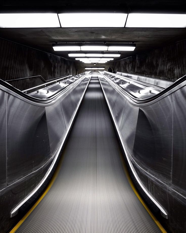 De Bästa Chris M Forsyth Photographybilderna På Pinterest - Vibrant photos of international subways capture their unappreciated beauty