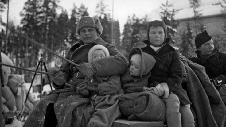 """""""Kukaan ei uskonut, että sota todella syttyy"""" – suomalaiset ampuivat pommikoneiden perään käsiaseilla   Yle Uutiset   yle.fi"""