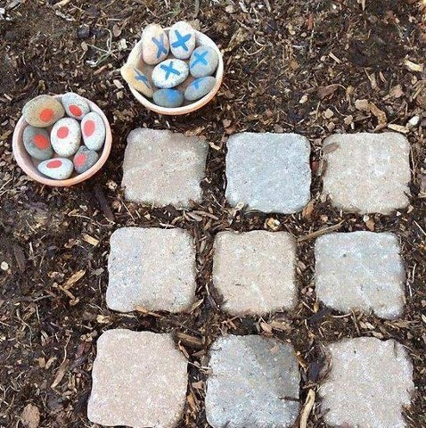 Is anyone up for a game of tic-tac-toe in the garden?