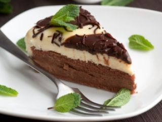 Torta cremosa de chocolate y maracuya PAMELA VILLAR