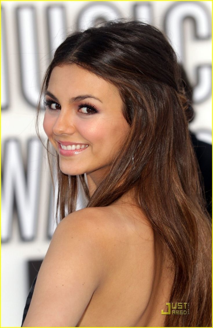 victoria justice young trendy beautiful great hair. Black Bedroom Furniture Sets. Home Design Ideas
