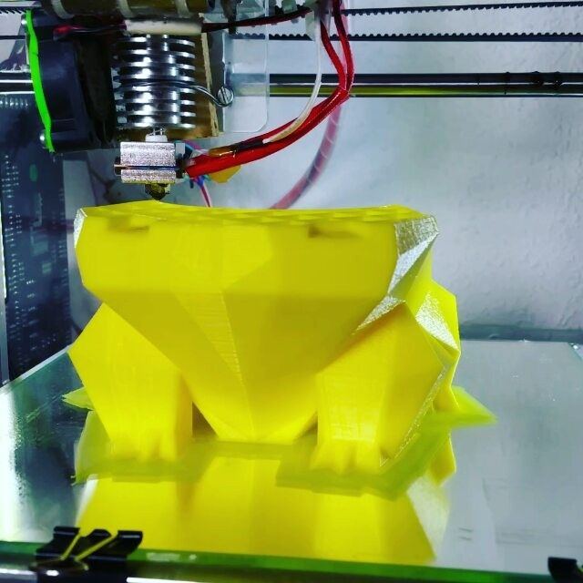 Bulbasaur planter  #3dprinting #3dprint #3printed #pokemon #chikorita #3dprinter #thingiverse #reprap #arduino #diy #planter #gaming #lamp #leds #interiors #geek #nerds #cosplay #anime #gameboycolor #Nintendo #gamer #pokemonfan #charizard #yellow #pikachu #bulbasaur #charmander #etsy #pot by carmenl94