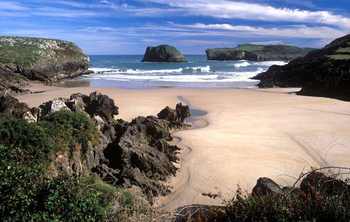 Playa de Sorraos #Llanes #playa #beach #Asturias #ParaísoNatural #NaturalParadise #Spain