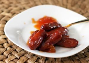 Appetizer Cocktail Franks with Bourbon and Barbecue Flavors
