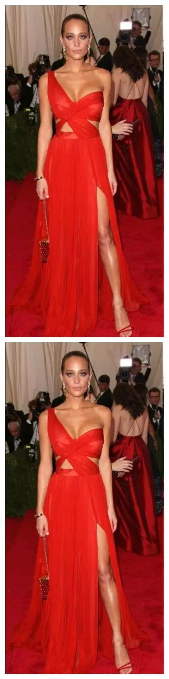 #abendkleider #celebrity #chiffon #davis #eveningdressred