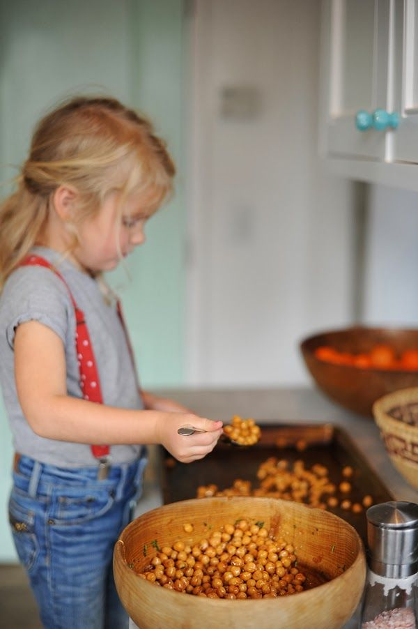 baked garbanzo beans recipe from The Bee Hive. sounds delicious!