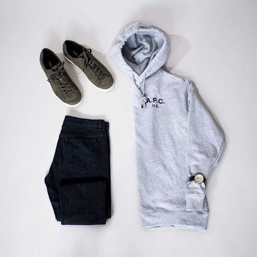 What to wear today.  Hoodie from @apc_paris   Sneakers from @pony   Jeans from @apc_paris   Watch from from @komono   Items to get at @hoyeregerman   #wtwt #ootd #boysinspiration