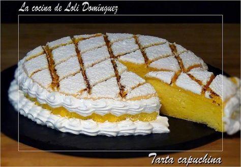 Compuesta de bizcocho, crema de yemas y merengue. Una delicia del blog LA COCINA DE LOLI DOMINGUEZ.