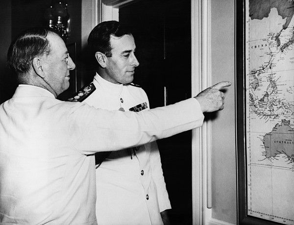 World War II. US Secretary of the Navy Frank Knox and British Admiral Lord Louis Mountbatten, Supreme Allied Commander in Southeast Asia, 1943