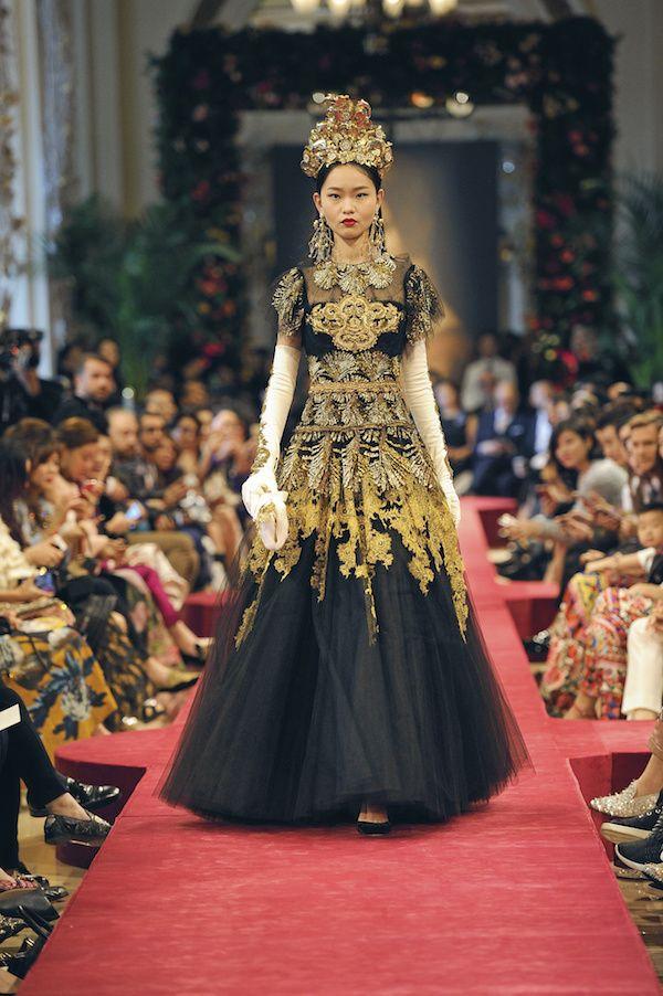 日本独占公開 香港を華麗に彩ったドルチェガッバーナのスペシャルコレクション